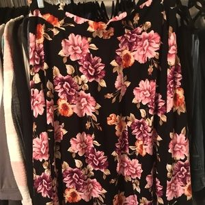 Torrid pink flower skirt